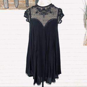 Umgee Lace Black swing dress size medium